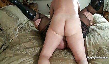 Geile MILF alte damen pornos mit großen Titten schlucken riesigen Schwanz