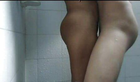 Die alter pornofilm vollbusige MILF Holly Halston wird gefickt