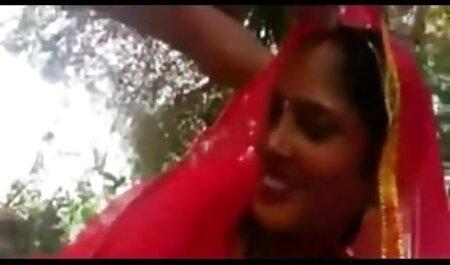 MandyM alte schlampen pornos masturbiert vor der Webcam # 05