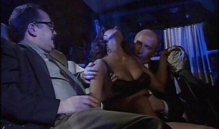 Big pornos jung und alt Black Schöne Big Boob Kira entbeint Arschloch