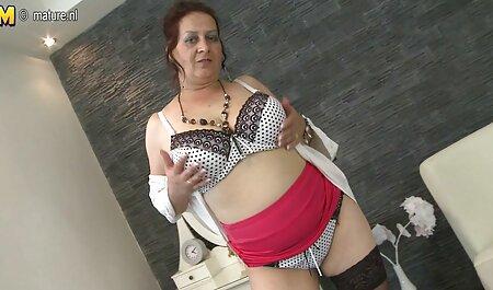 Brünette Uniform Babysitter Lexi Diamond, Von Blondelover. pornos von älteren frauen