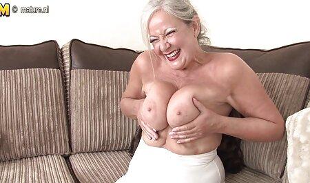 Blond könnte alte menschen pornos etwas vorhaben