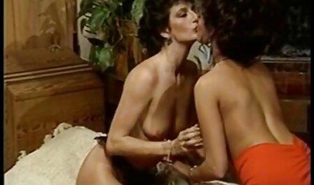 Z44B 1092 Teen im kostenlose pornofilme von alten frauen blauen Bikini & Netzstrümpfen