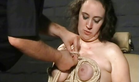 Jada würgt auf weißen pornofilme mit alten Schwanz