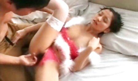 Das süße mollige schwarze Babe Aleera fickt einen glücklichen pornofilme mit alten Weißen