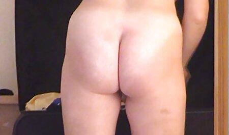 Der sexfilme alt und jung junge Boxer stopft seinen großen Schwanz auf einer Couch in den engen Arsch der zierlichen Brünetten