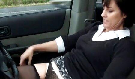 Verdoppeln pornos alt fickt jung Sie für eine amerikanische Brünette