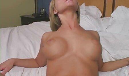 Heiße ältere sexfilme Brünette Pornostar macht hart anal