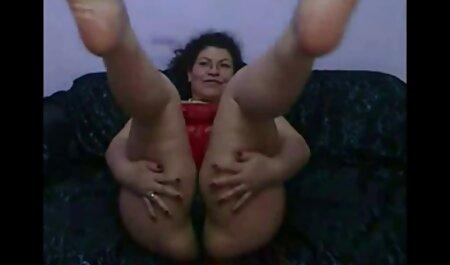 Rotschopf Teen in einem Massage Anal pornos mit alten männern Fest