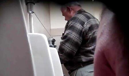 Webcam Show sexfilme für ältere in ihrem Badezimmer